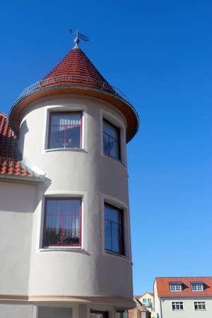 mietshaus: round bay