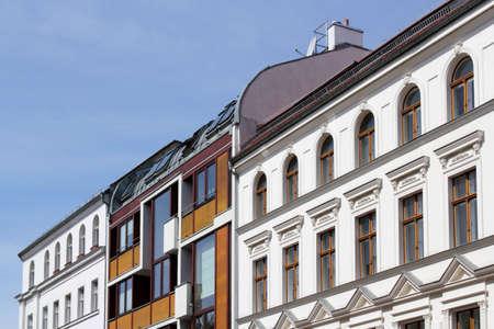 fachadas de casa: Renovado fachadas de las casas