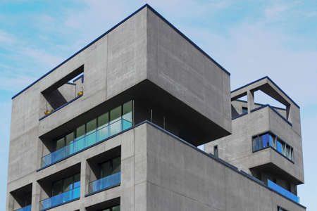 stay nice: Edificio de oficinas Editorial
