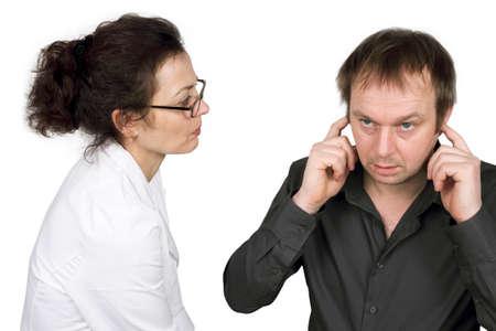 earache: sensible al ruido