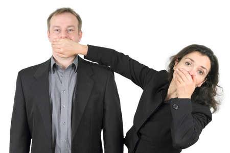 guardar silencio: prohibido hablar