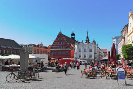 urban idyll: Greifswald Market Place