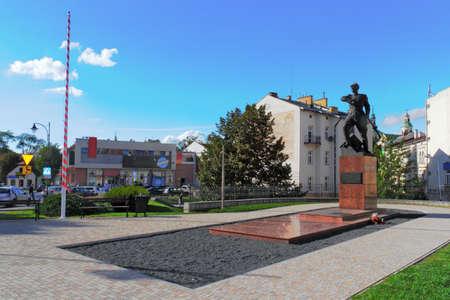 urban idyll: Soldier Monument