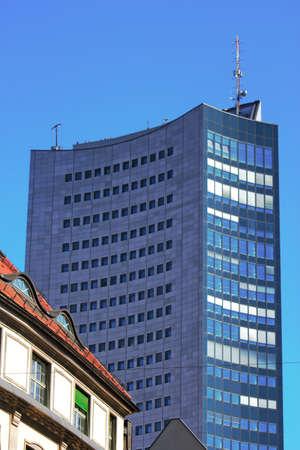 stucco facade: Vecchi e nuovi edifici