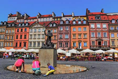 stare miasto: Old Town Market with Mermaid