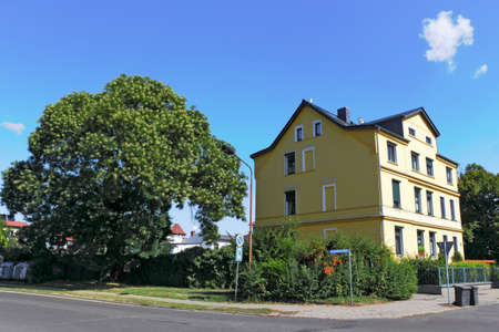 stay nice: Casa renovada