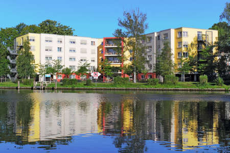 town idyll: New Construction at the Water