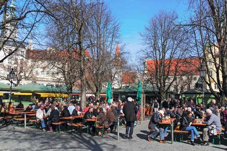 beer garden: Munich beer garden