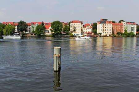 better living: Berlin Spree Idyll