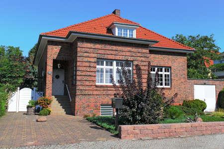 town idyll: Brick House