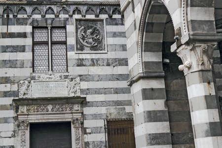 stucco facade: Piazza San Matteo