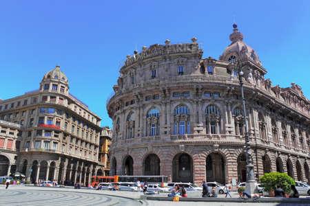 residential idyll: Piazza de Ferrari - Genoa