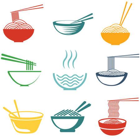 Set van noedels of spaghetti in verschillende gerechten. Gekleurde op wit.