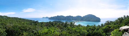Phi Phi thailand panorama view with much of forest Archivio Fotografico