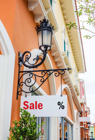 first time buyer: Sign in shopping center
