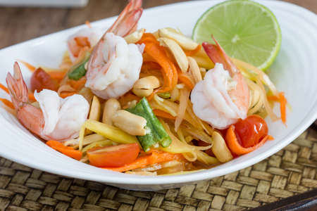 insalata di papaya verde cibo thai, cucina tailandese cibo tailandese tradizionale e moderna