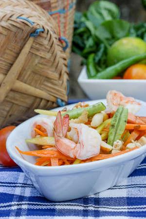 insalata di papaya verde cibo thai, cucina tailandese