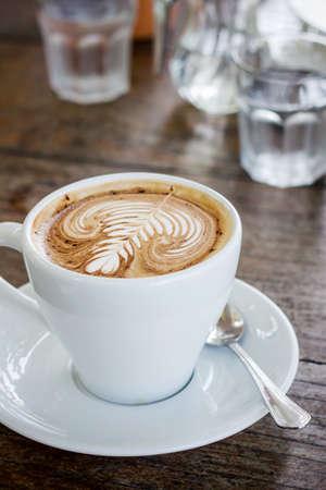 Close up tazza di caff� moka sul tavolo di legno