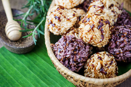 healthy snack: Rice cracker or puffed rice with sugar, thai dessert.