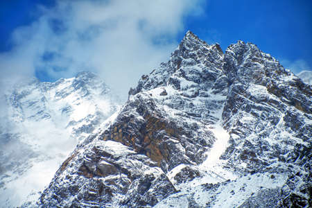 Kedarnath (Kedar Dome) is a mountain in the Gangotri Group of peaks in the western Garhwal Himalaya in Uttarakhand, India. 免版税图像