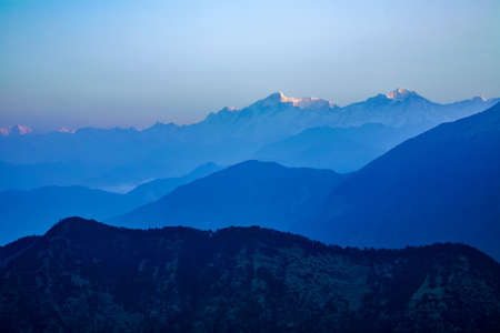 Beautiful scenic landscape of chopta / Tungnath, uttarakhand, india. 免版税图像
