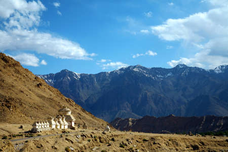 Thikse Gompa or Thikse Monastery (also transliterated from Ladakhi as Tikse, Tiksey or Thiksey) - Tibetan Buddhist monastery of the Yellow Hat (Gelugpa) sect. Ladakh, Jammu and Kashmir, India 版權商用圖片