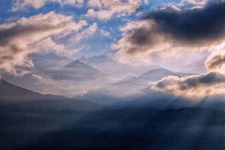 View of beautiful Panchchuli peaks of the Great Himalayas as seen from Munsiyari, Uttarakhand, India. 免版税图像