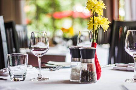 tavolo da pranzo: Tavolo da pranzo