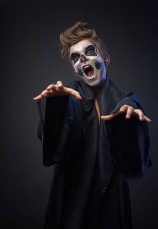 insidious: Teen with makeup skull cape wants to grab