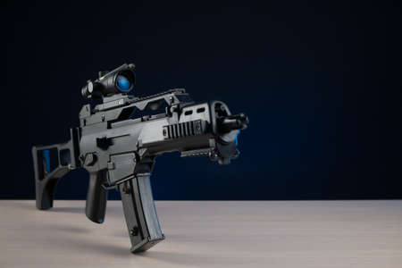 automatic rifle with optical sight