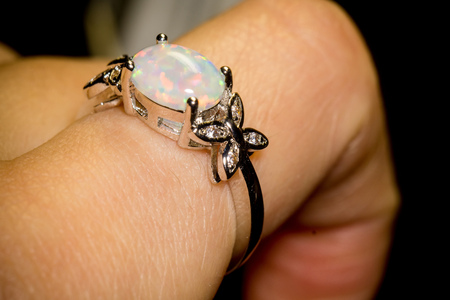 silver ring: Fashion silver ring with white fire opal.
