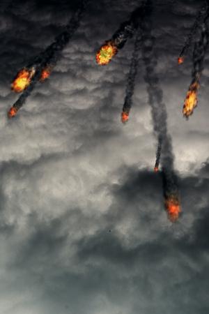 bolas de fuego grunge con colas de humo sobre el fondo nublado.