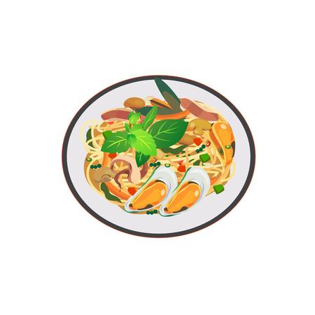 白い背景のピリ辛スパゲッティ魚介類の料理。