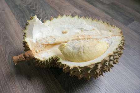 durian monthong , king of fruit of Thailand. selective focus 版權商用圖片