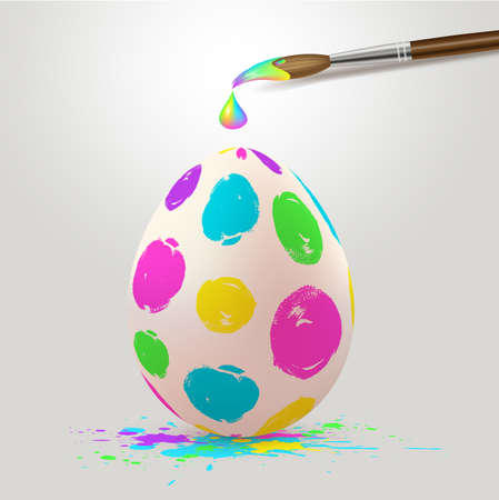 Hand painted multicolored Easter egg and paintbrush. Realistic vector illustration. Imagens - 124948540