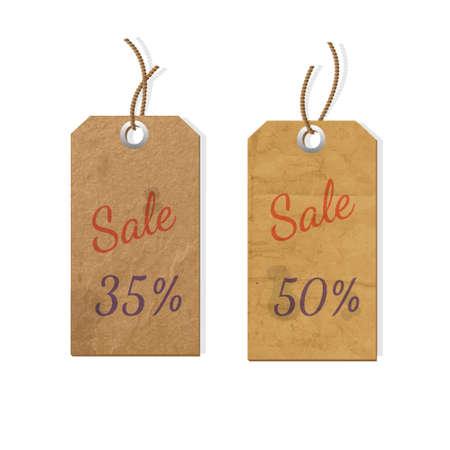 etiquetas de ropa: Dos etiquetas de cartón para la venta