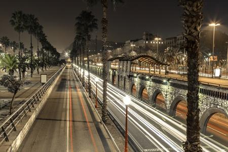 夜のバルセロナ