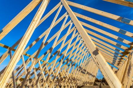 marco madera: nueva casa en construcción Foto de archivo