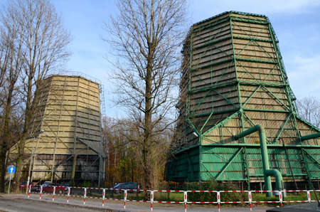 cooling towers: Industrial water cooling towers