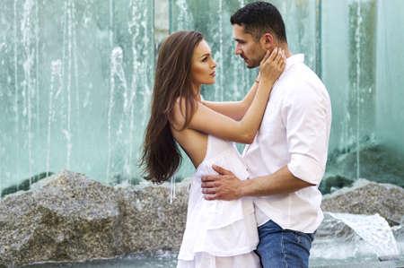 parejas jovenes: Pareja sensual joven