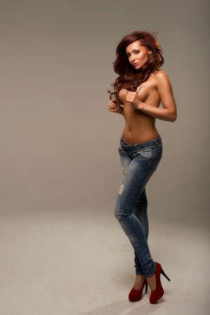 junge nackte mädchen: Sexy Frau in Jeans
