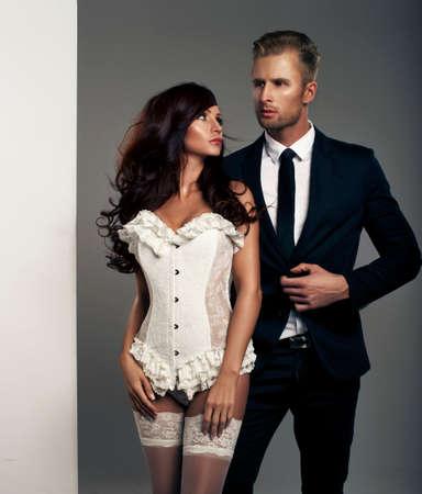 mujeres elegantes: El hombre y la mujer