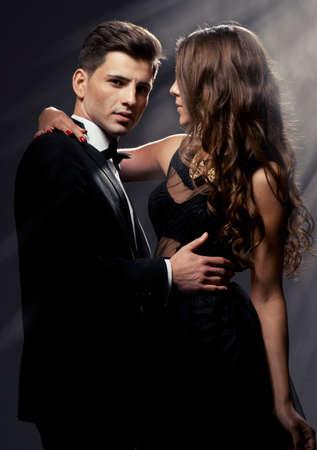 Sensual retrato de la linda pareja Foto de archivo - 24460505