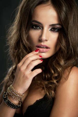 Portrait of beautiful woman Standard-Bild