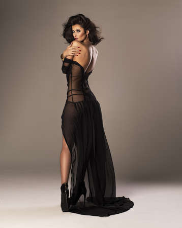Cute woman en robe magnifique Banque d'images - 43140964