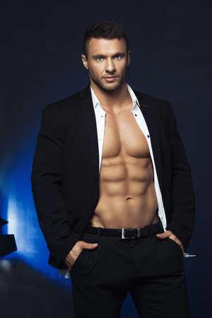 Young elegant handsome athlete Reklamní fotografie