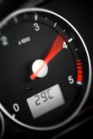 max: tachometer- diesel
