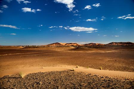 Sand dunes in the Sahara Desert, Merzouga, Morocco Imagens
