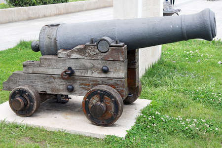 old cannon Stock Photo - 1126681