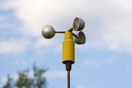 anemometer, a meteorological instrument used to measure the wind speed Imagens